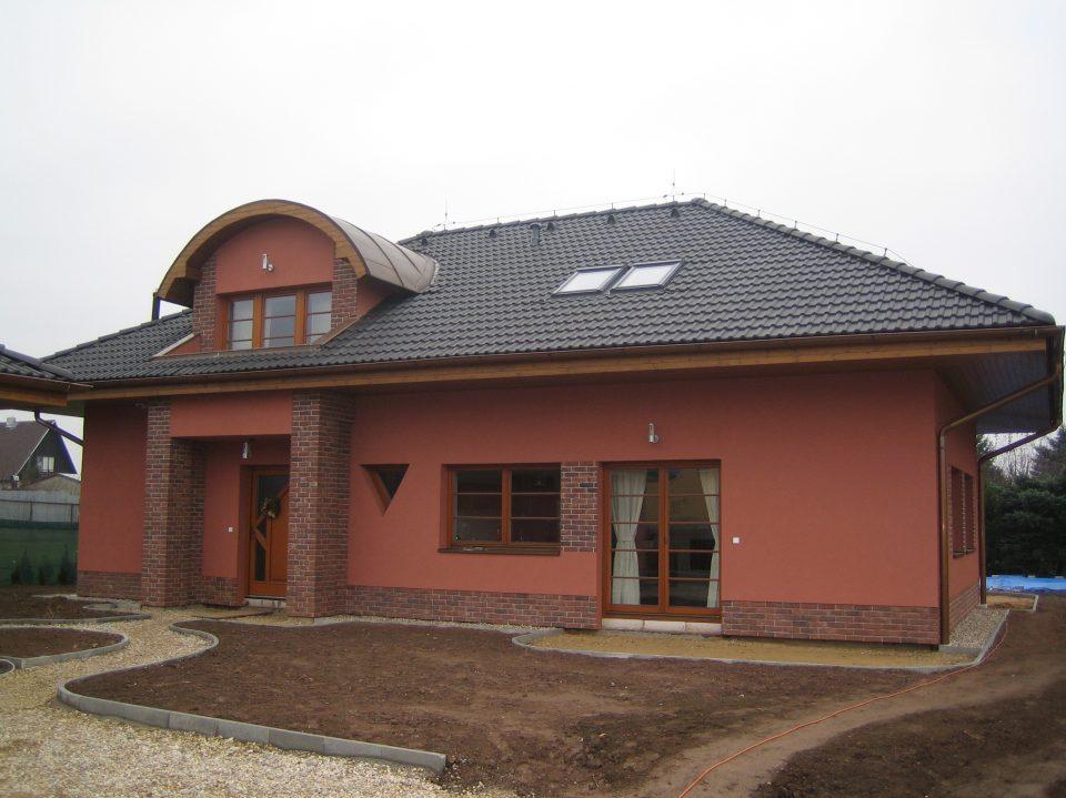 Novostavba RD v Č.Brodě 2005