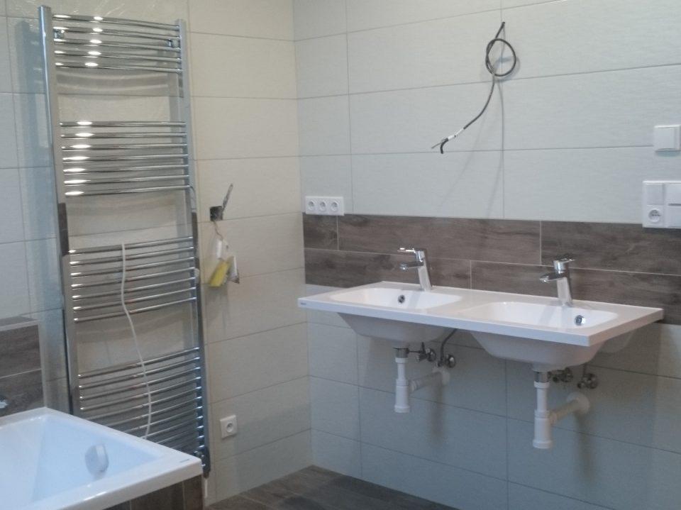 Koupelna v Č.Brodě 2016