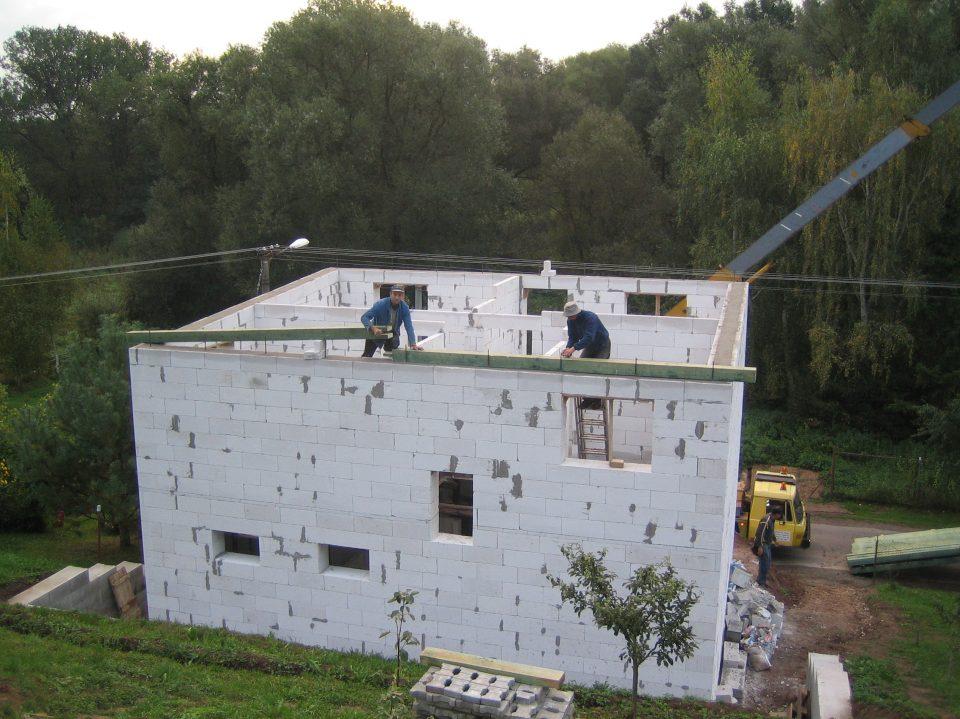 Novostavba RD v Zahradech 2006