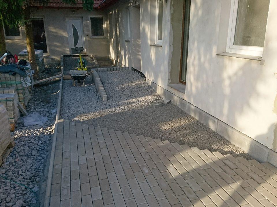 Komunikace u veterinární kliniky v Č. Brodě 2018