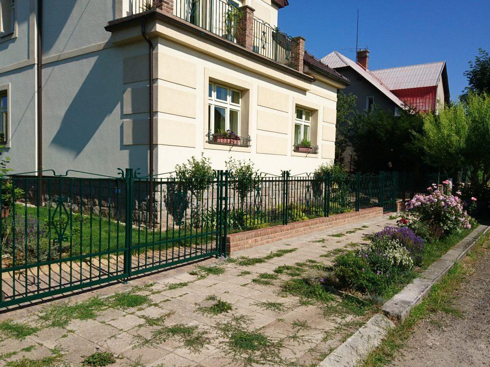 Garáž a venokvní práce v Č Brodě 2013