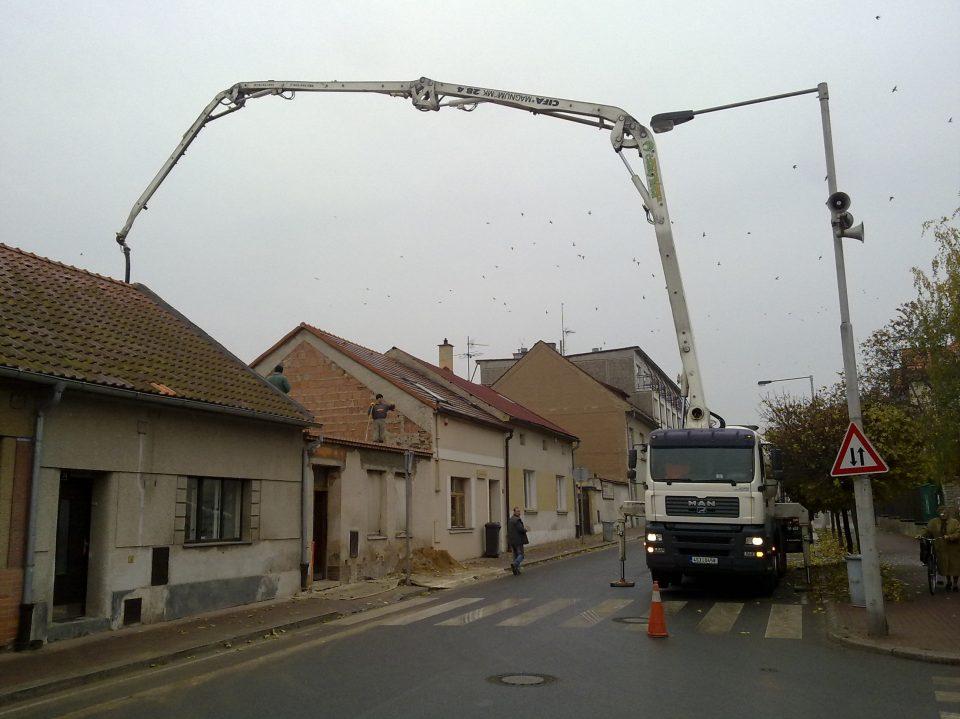 Rekonstrukce zubní ordinace v Č.Brodě