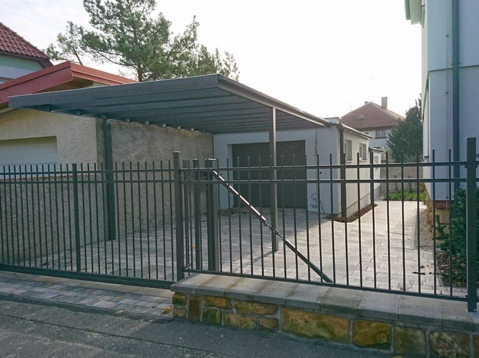 Výstavba garáže v Č.Brodě 2016