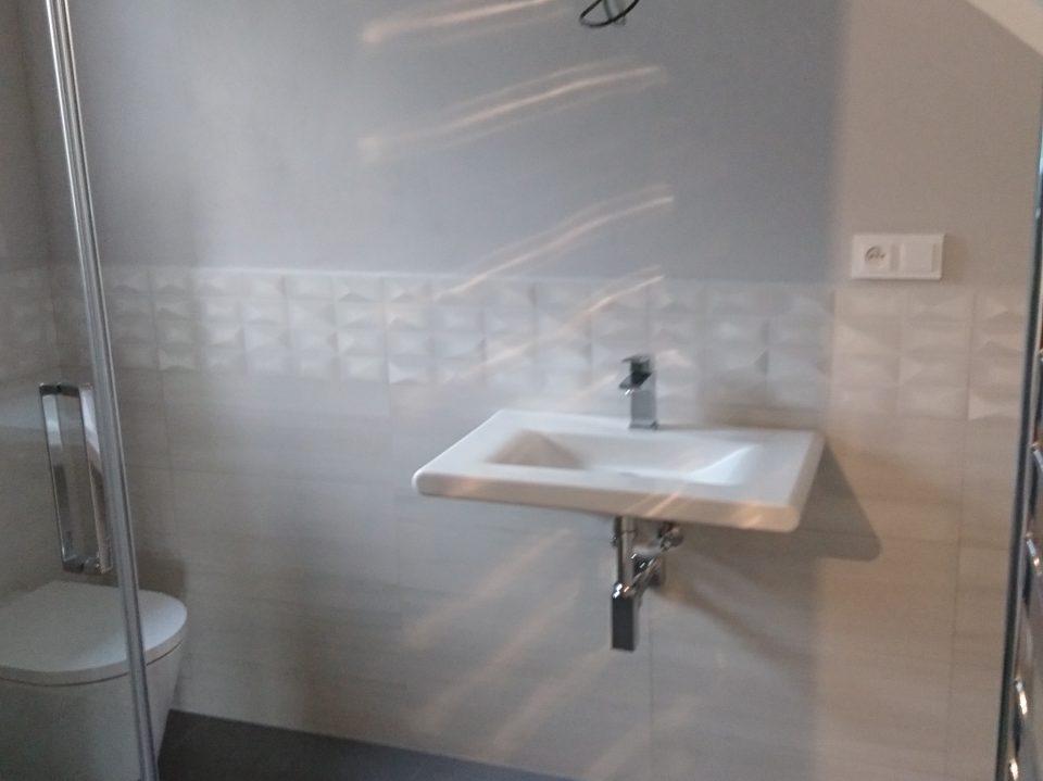 Koupelna RD v Č.Brodě 2016